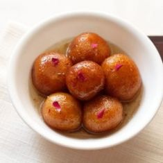 Fresh Gulab Jamun (Ganesha) - 1 LB (Approx 10 Pieces)